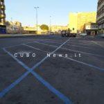 Piazza Grenoble, il parcheggio nel pomeriggio